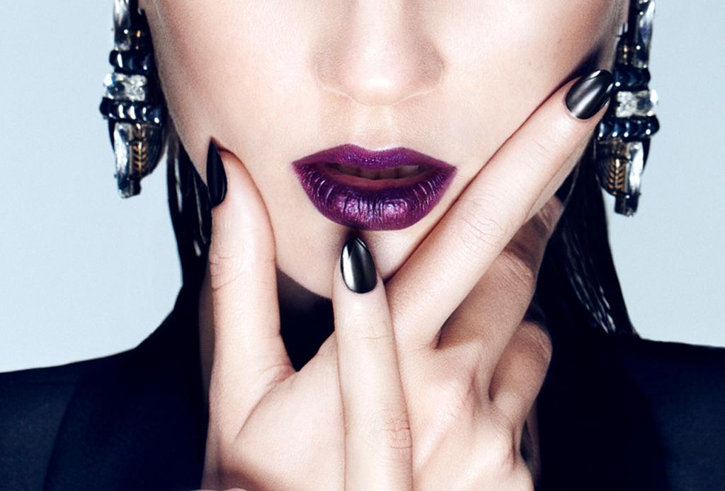 9 errores que debes evitar al pintarte los labios - errores-al-usar-labial-lipstick-11