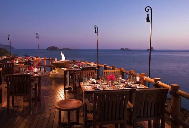 Los 10 hoteles más románticos de todo México - capella-ixtapa1-1024x694