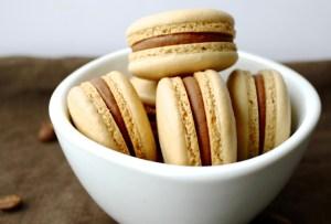 Prepara unos macarons de café y Baileys Dulce de Leche