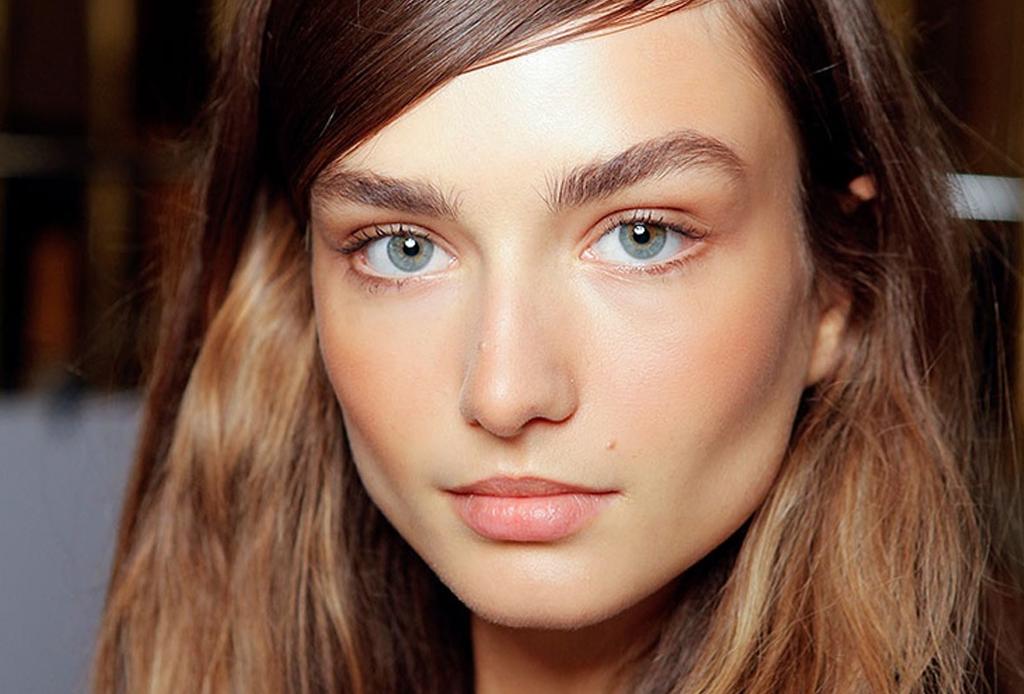 6 trucos de maquillaje para esconder los estragos de la fiesta