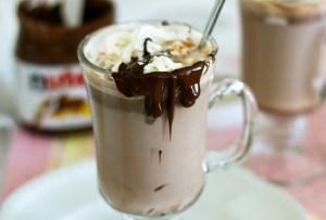 Prepara un delicioso chocolate caliente de Nutella