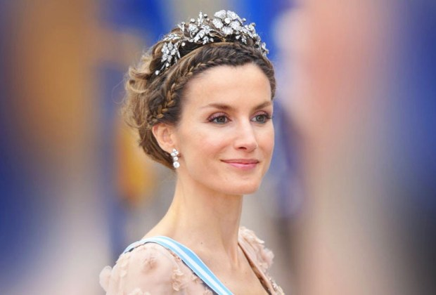 Los accesorios más exquisitos de la realeza - royal9-1024x694