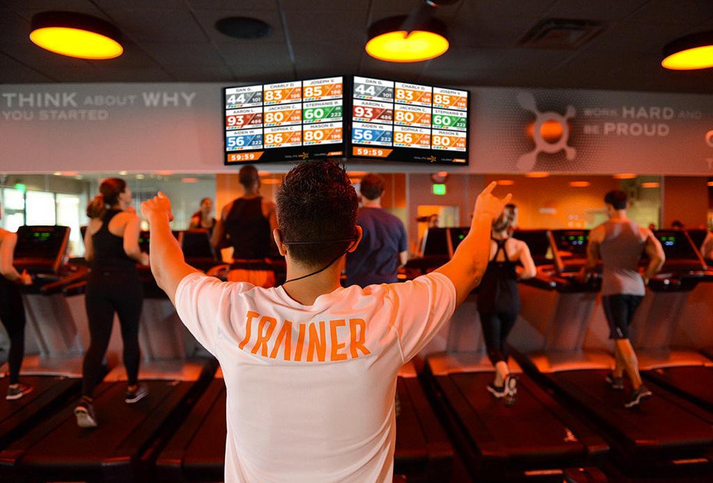 Orangetheory Fitness: un entrenamiento diferente - orange-theory-mexico-interlomas-2