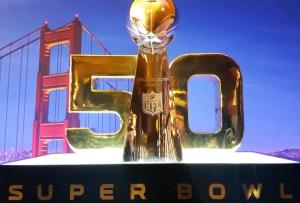 ¡La NFL se pinta de ORO para el Super Bowl 50!