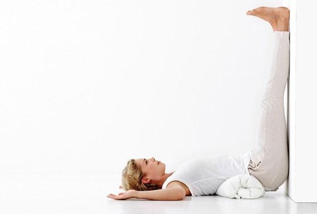 ¡Haz yoga para poder dormir mejor! - yoga-1-1024x694