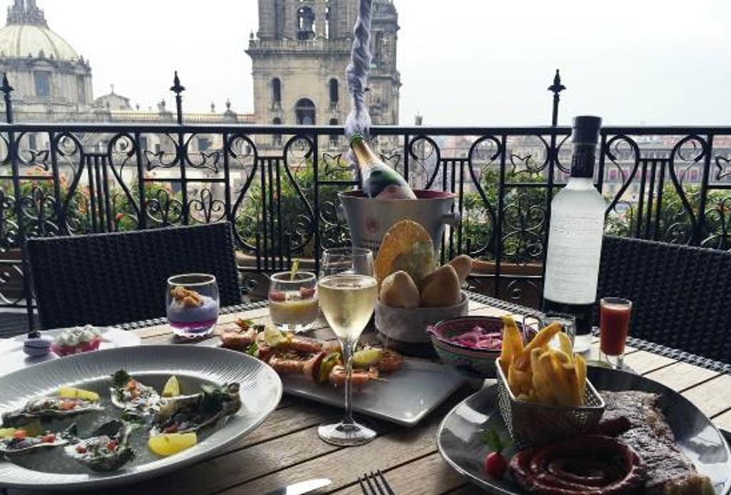 10 deliciosos brunches para disfrutar en familia en la CDMX - balcon-zocalo