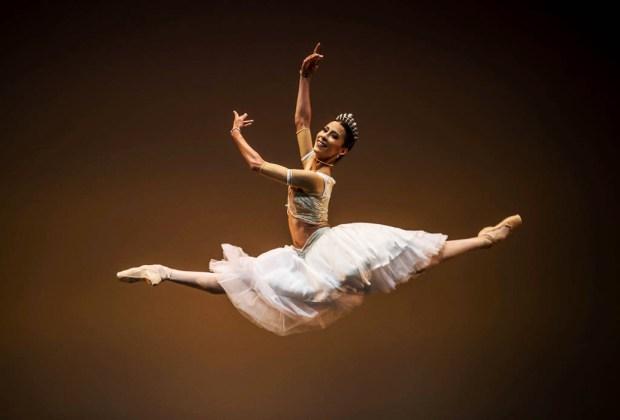 #CulturalFriday: Los bailarines mexicanos más famosos en el mundo - danza6-1024x694
