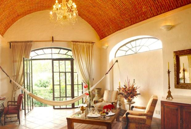 ¿Planeas ir a Guadalajara? Hospédate en alguno de estos 5 hoteles - villa-ganz-1024x694