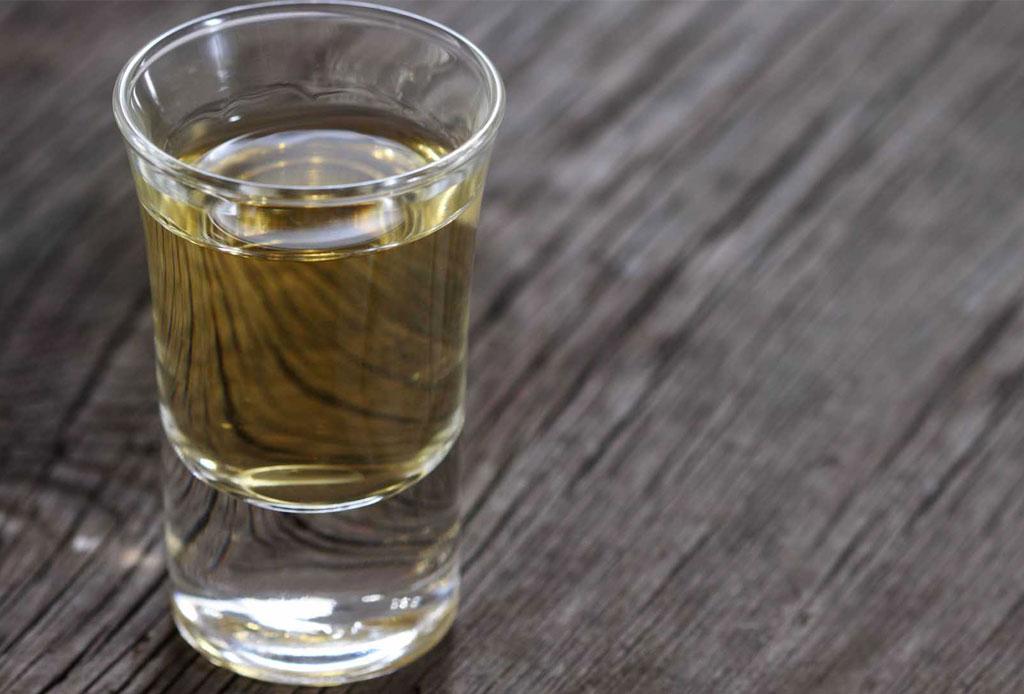 La forma CORRECTA de tomar mezcal - copa-mezcalera