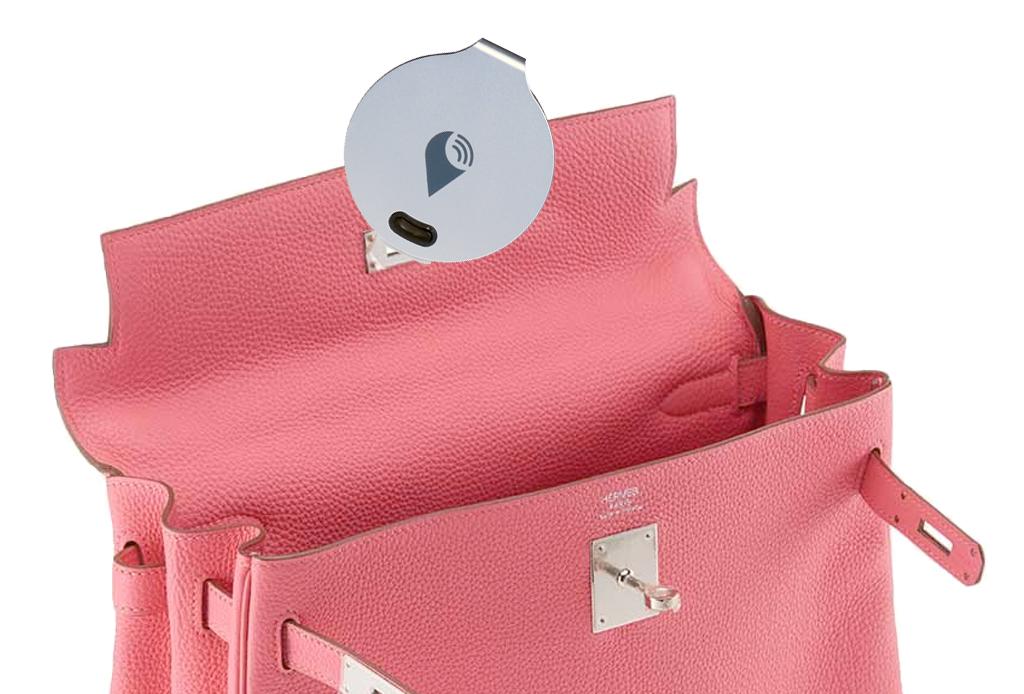 Los 6 gadgets esenciales que NUNCA deben faltar en tu bolso - gadget-bolsa-6
