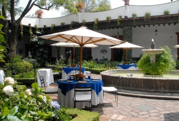 ¡Viva México! Festeja el grito en estos lugares de la CDMX - san-angel-inn-restaurantes-san-angel-1024x694