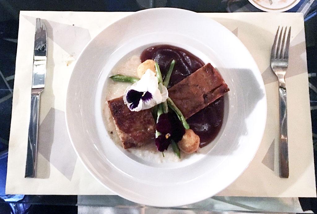 8 restaurantes de la CDMX para disfrutar platillos con lechón - astoria