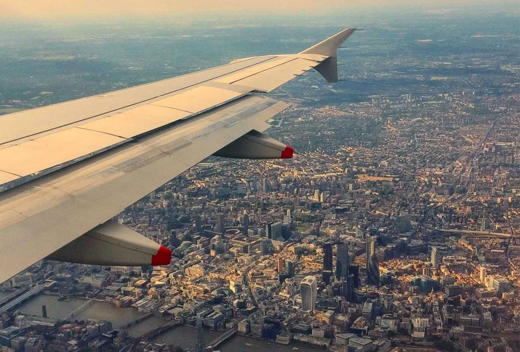 Las 10 fotos que TODOS hemos subido a Instagram - avion-instagram