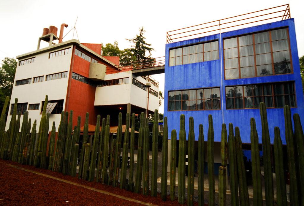 42 lugares para un inolvidable tour arquitectónico por la CDMX - casa-estudio-diego-frida