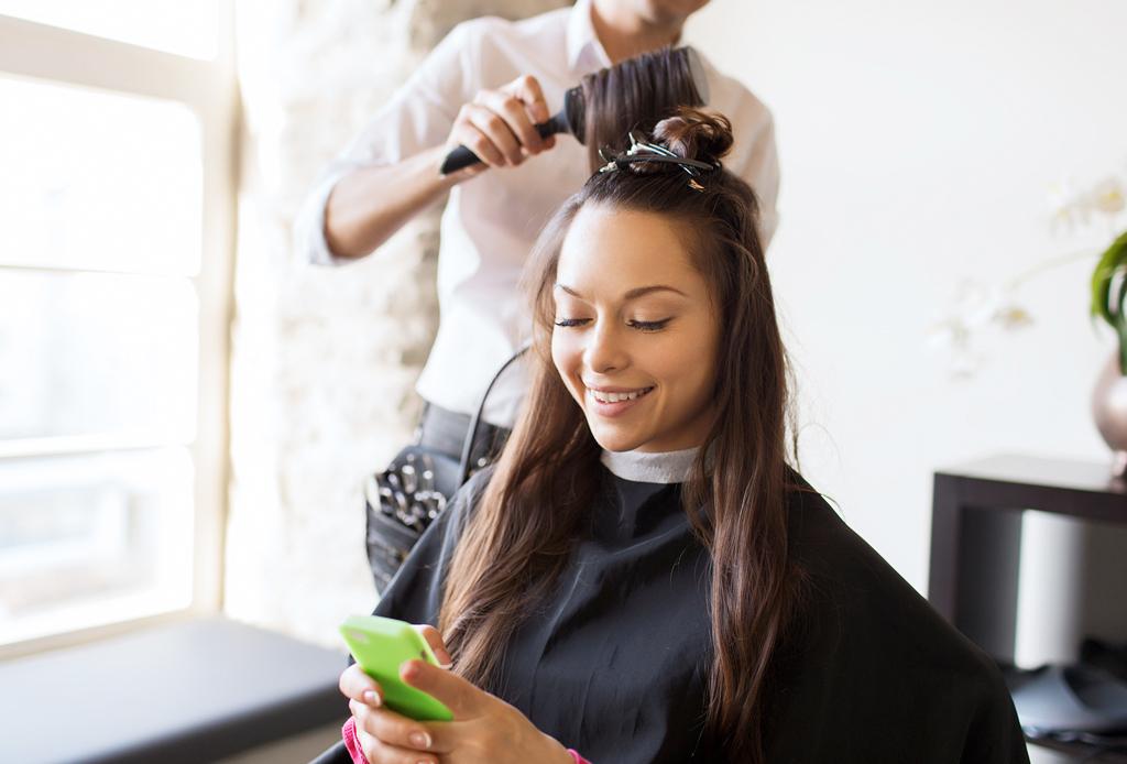 Central Glam: la app con servicios de belleza a domicilio