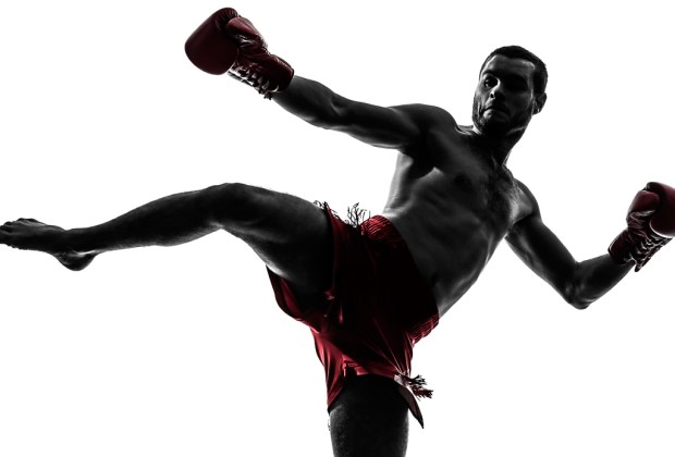 6 razones para practicar Muay Thai - abdomen-1024x694