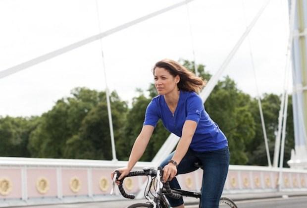6 prendas que todo ciclista urbano necesita - camisas-1024x694