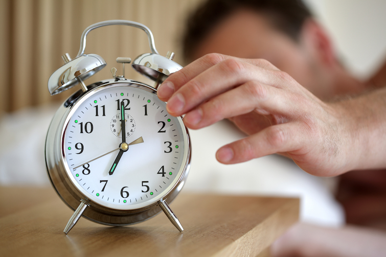 5 remedios caseros que te ayudarán a dormir mejor - despertar-2