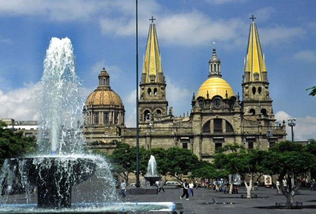 Destinos perfectos en México para ir en plan de fiesta - guadalajara-1-1024x694