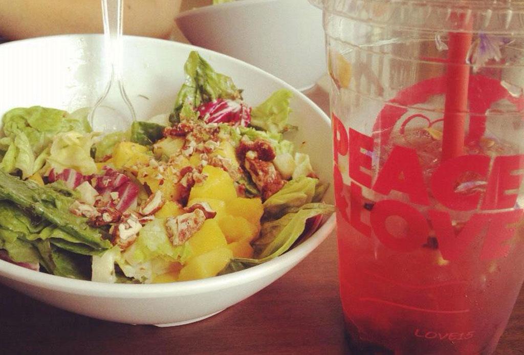 8 lugares para pedir comida healthy a domicilio en la CDMX - peace-and-love