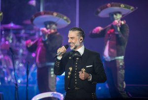 ¡Celebra con una playlist MUY mexicana!