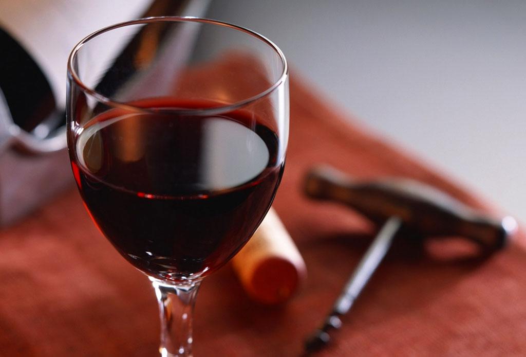 ¿Conoces todos los beneficios del vino tinto? - vino-tinto-5