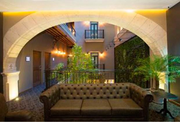 6 hoteles para hospedarte en el Centro Histórico de la CDMX - historico-1024x694