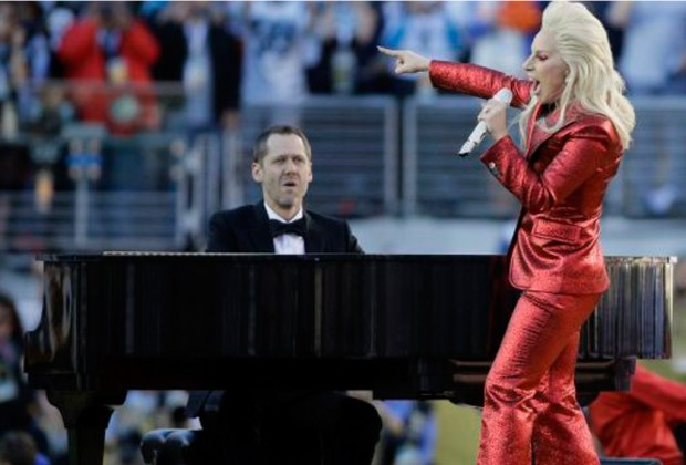 ¡Lady Gaga estará en el show de medio tiempo del Super Bowl! - lady-gaga-nfl-1024x694