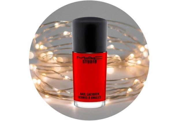 10 nuevos esmaltes de uñas para usar esta temporada de fiestas - mac-helmut-newton-monte-carlo-1024x694