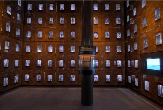 10 razones para visitar el Museo de Memoria y Tolerancia si aún no lo has hecho - museo-salas-1024x694