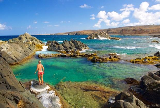 10 razones para ir a Aruba con tu pareja lo más pronto posible - aruba-naturalpool-1024x694