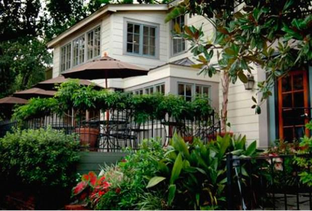 10 restaurantes donde desayunarás DELICIOSO en Houston - backstreet-1024x694
