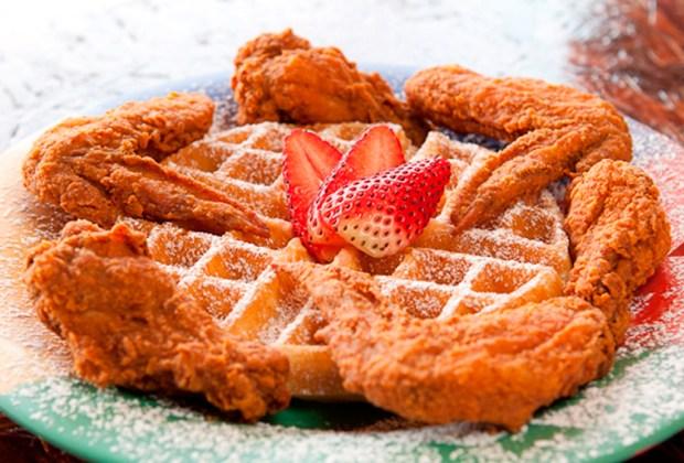 10 restaurantes donde desayunarás DELICIOSO en Houston - breakfast-klub-1024x694
