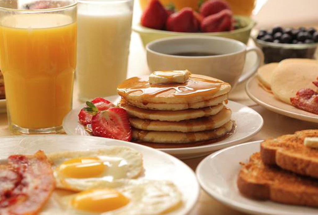 10 restaurantes donde desayunarás DELICIOSO en Houston