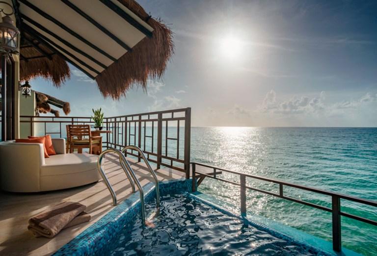 Abren primer hotel sobre el mar en m xico tabasco hoy for Cabanas sobre el mar en mexico