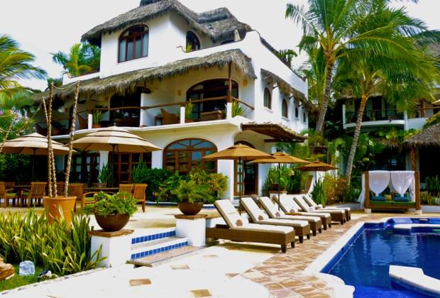 5 hoteles boutique en Puerto Vallarta y Riviera Nayarit para una vacación inolvidable - casa-de-mita-nayarit-1024x694