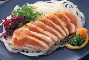 ¿Comerías pollo crudo? En Japón lo hacen