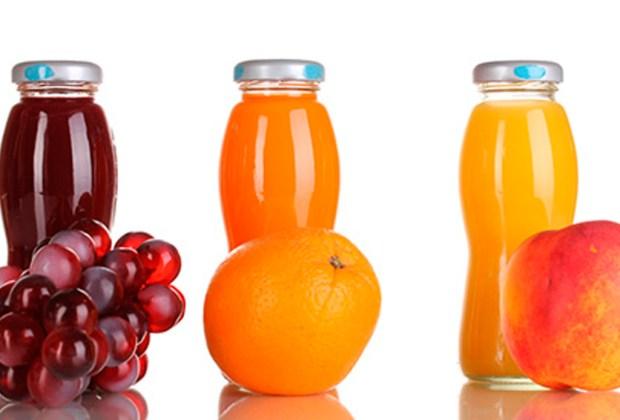 5 bebidas que parecen saludables pero NO lo son - jugo-1024x694