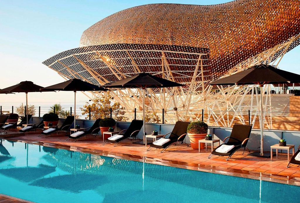 Los hoteles con las albercas más impresionantes del mundo