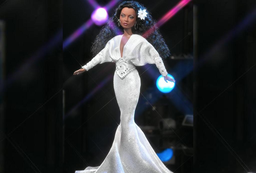 Celebridades que fueron convertidas a muñecas Barbie - diana-r