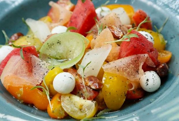 Nuestras ensaladas favoritas de la CDMX - ensalada-chapulin-1024x694