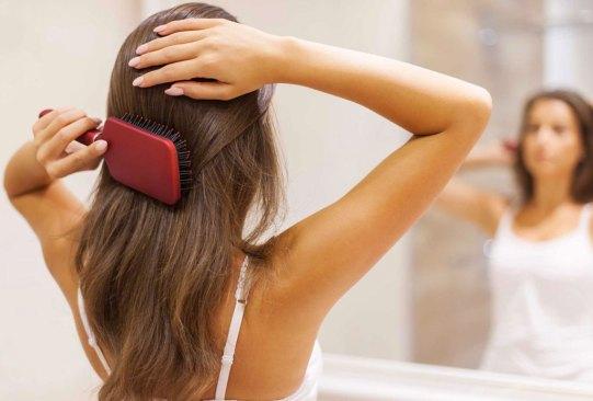 Estas son las posibles razones de la caída de tu pelo, ¿las conocías? - pelo-ejercicio-cuidados-3-300x203