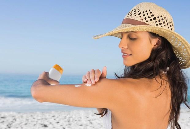 Cómo tener una piel suave en primavera - bloqueador-1024x694