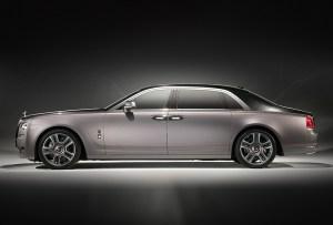 ¡Este Rolls-Royce es el primer auto con pintura de diamantes!