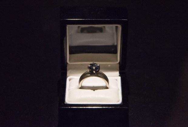 Exhiben anillo con cenizas de Luis Barragán en el MUAC - anillo-barragan-1024x694