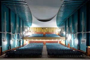 Las fotos de un antiguo cine diseñado por Le Corbusier