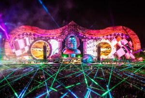 ¿Irás al festival Beyond Wonderland? Siéntete como un experto con esta playlist