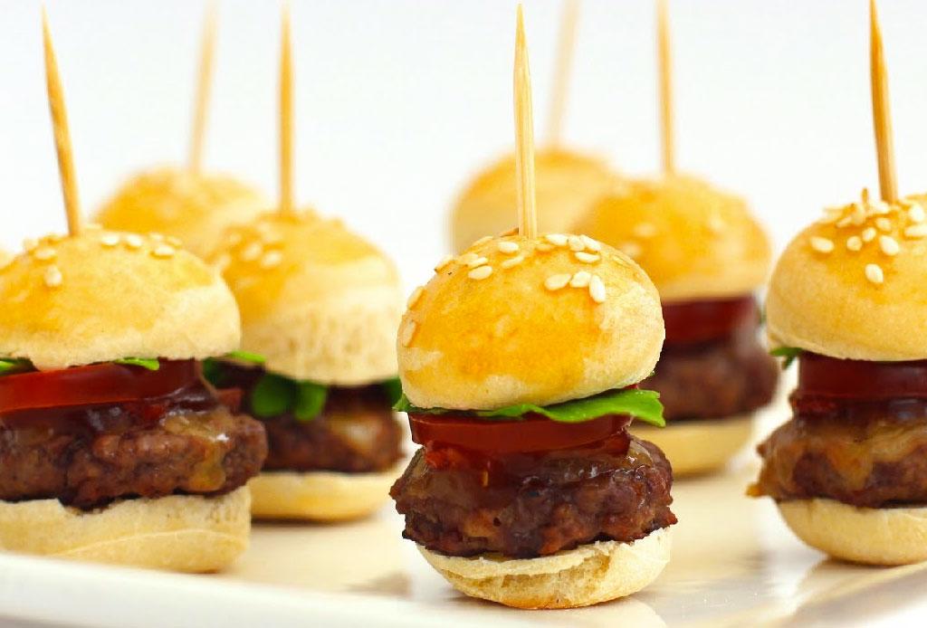 Los hacks para no romper la dieta los fines de semana si vas a restaurantes - finger-food