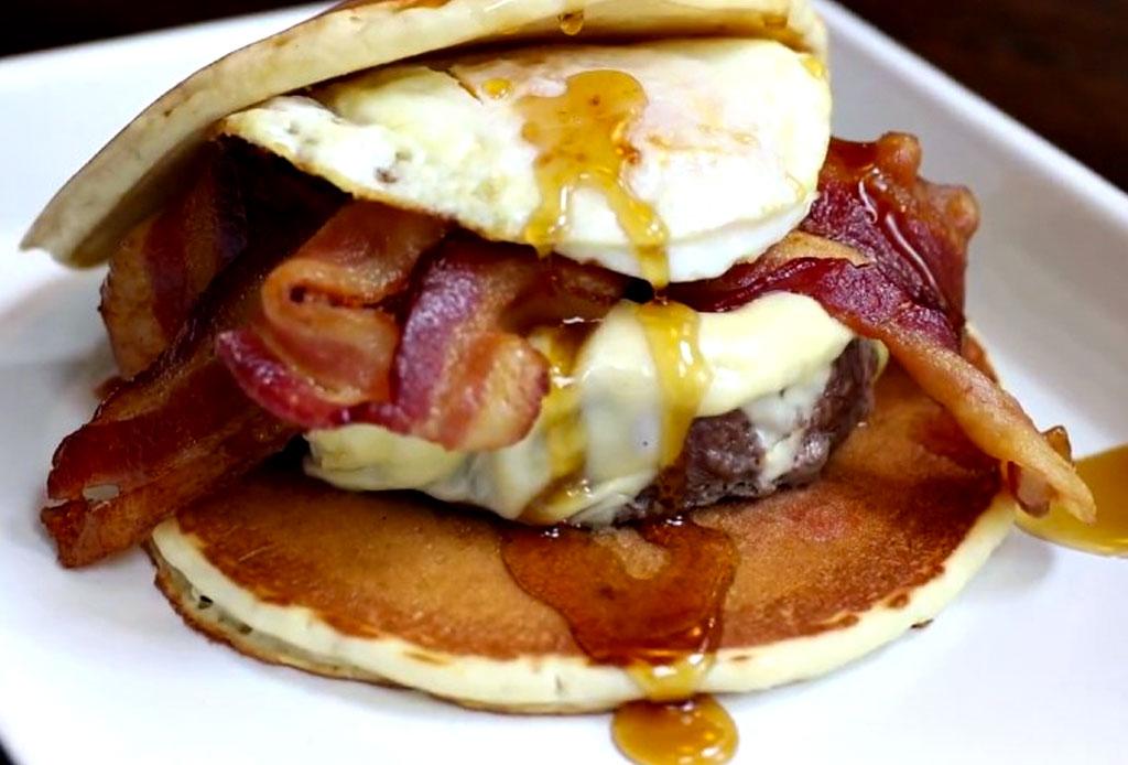 Pancake Burger: la mejor idea para los amantes del brunch