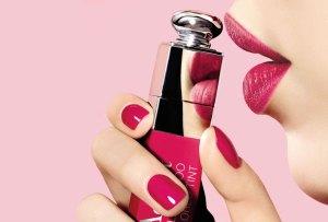 Lip tints de larga duración que deberían estar en tu colección de maquillaje